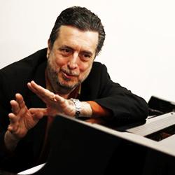 Carlos Franzetti cuadrada 1
