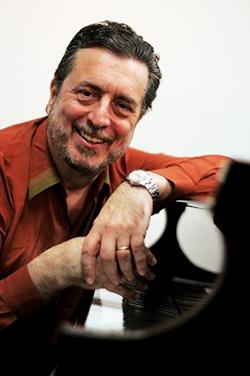 Carlos Franzetti vertical