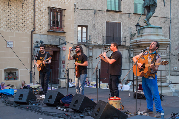 Folk-Segovia-Vallarna